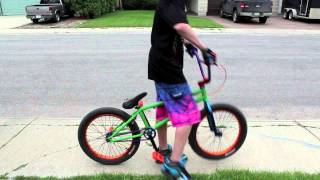 getlinkyoutube.com-How to Bunnyhop on a BMX Bike