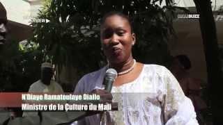 Visite d'écoute du ministre N'Diaye Ramatoulaye Diallo chez l'historien Bakary KAMI