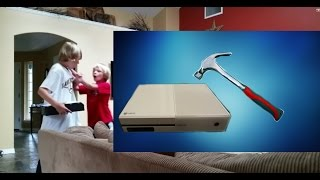 getlinkyoutube.com-Smashing Xbox One PRANK!!!