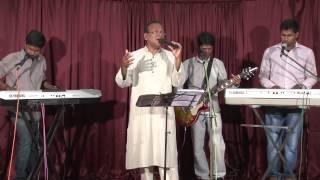 getlinkyoutube.com-Fr. Crispin - Ithratholam Enne - Malayalam Live Worship Song