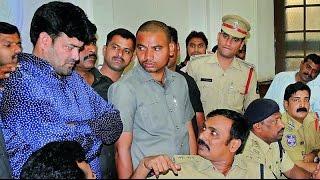 Gangster Ayub Khan in custody of Hyderabad Police..पुलिस की गिरफ्त में कुख्यात अयूब खान