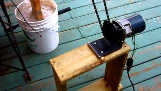 getlinkyoutube.com-My ten dollar pig roasting machine.. mi maquina de 10 dolares para asar un lechoncito