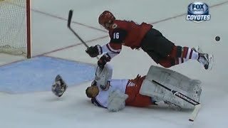 getlinkyoutube.com-Curtis McElhinney Big Collision with Max Domi