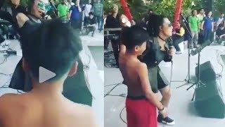 Astaga! Kelakuan Biduan dengan Bocah SD ini ''Saling Sedot'', Gak Malu Depan Orang Banyak