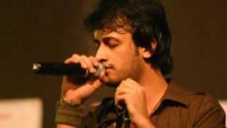 getlinkyoutube.com-Kuch Is Tarah   Atif Aslam   Doorie    Azgar Khan