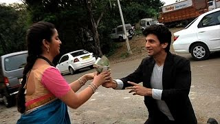 "getlinkyoutube.com-Behind The Scene Masti On the Sets Of ""Sasural Simar Ka"""