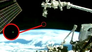 getlinkyoutube.com-UFO NASA cuts live feed Leaving Earth Caught on Tape 2015 NASA ufo Sighting