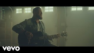 Zach-Williams-Fear-Is-a-Liar-Official-Music-Video width=