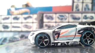 getlinkyoutube.com-Hot wheels acceleracers cars customs (part 2)