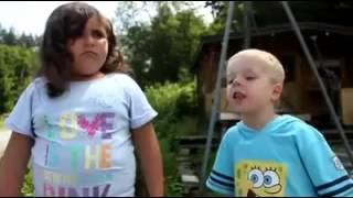 getlinkyoutube.com-Kleiner Junge ruft nee