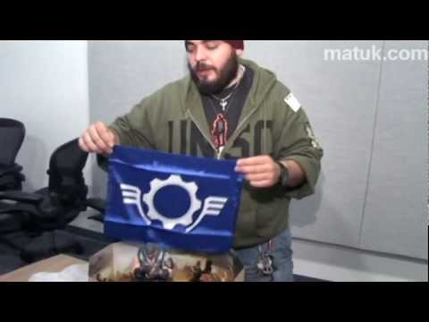 Unboxing Gears of war 3 Epic Edition