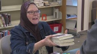getlinkyoutube.com-Why Is This Christian Librarian Wearing A Hijab?