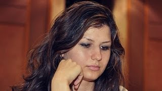 getlinkyoutube.com-How to Win in the c3 Sicilian in 21 moves or less - FM Alisa Melekhina