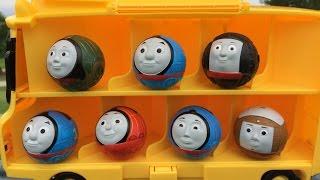 getlinkyoutube.com-Thomas n Friends Toy Trains in Case Disney Cars McQueen Planes Egg Surprise Thomas y sus Amigos
