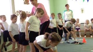 """getlinkyoutube.com-Детский сад """"Радуга"""" Соревнования к 23 февраля 2014"""