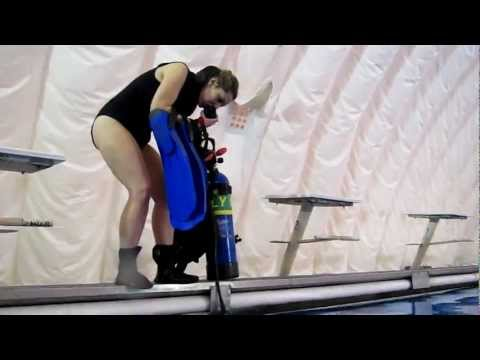 Jennifer's Successful Bail In SCUBA Skill - Pool Session with Instructor Gabrielle