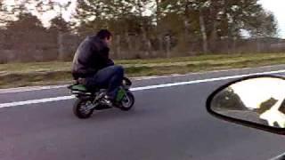 getlinkyoutube.com-próba prędkości mini ścigaczem