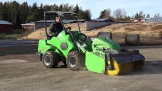 getlinkyoutube.com-Avant loaders agriculture vers 1