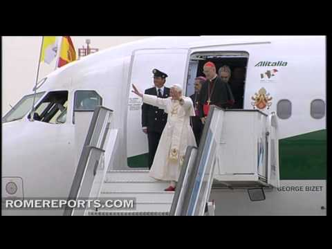Benedict XVI arrives in Madrid for World Youth Day