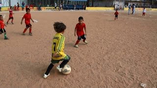 5 year old soccer player  |crack |