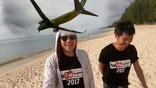 getlinkyoutube.com-Amazing เครื่องบินแลนดิ้ง อันซีนหาดไม้ขาว จ.ภูเก็ต
