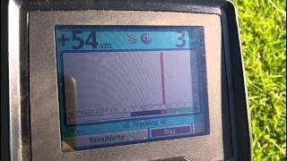 getlinkyoutube.com-Minelab Etrac VS Whites V3i - Comparing signals