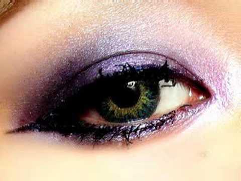 Dramatic Makeup Tutorial. Dramatic Makeup Tutorial
