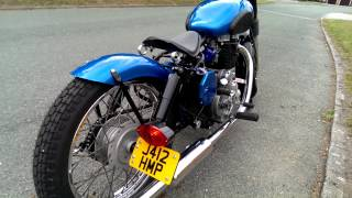 getlinkyoutube.com-Royal Enfield Bobber 500 bullet