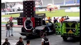 getlinkyoutube.com-Campeonato / Demonstração de Som Automotivo com Stetsom - CarAudio - Soundcar