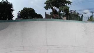 getlinkyoutube.com-Skate (spatial audio)