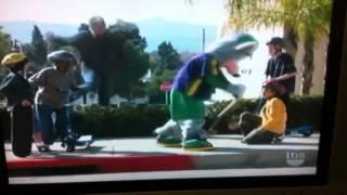 getlinkyoutube.com-Chuck E Cheese Chase Scene