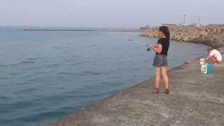 getlinkyoutube.com-夏の釣りガール