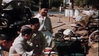 Lagu Lawas Lilis Suryani Dan Sentuhan Hip Hop Brother D Dengan Vintage Footage Penuh Nostalgia Suasana Kota Jakarta Zaman Dulu. Pada Paduka Dipersembahkan Untuk Presiden Pertama Kita Sukarno. Keren!