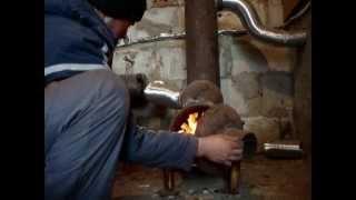 getlinkyoutube.com-Буржуйка из газовых баллонов  с теплообменником