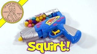 getlinkyoutube.com-Bubble Mania Gumball Filled Bubble Blaster Squirt Gun, Kidsmania