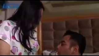 getlinkyoutube.com-Intip Bulan Madu Raffi Dan Nagita Di Hotel Ritz Carlton @ LIVE Rcti 19 Oktober 2014