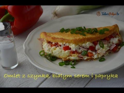 Omlet z szynką, białym serem i papryką