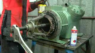 getlinkyoutube.com-Bitzer V4 Semi-Hermetic Compressor Motor End Pt2 - The Stator.wmv