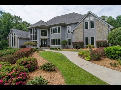 MILLION DOLLAR 80'S STYLE MODERN GOLF COURSE HOME IN GEORGIA - 18 The Fairway