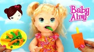 getlinkyoutube.com-Bebe Alive Come Papilla de PLAY DOH - Sara Comiditas Divertidas Muñeca Baby