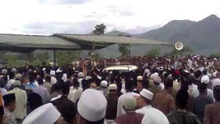 getlinkyoutube.com-Video Pemakaman Romo Yai.mp4