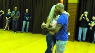 getlinkyoutube.com-Sara Lopez and Albir Rojas Dance Kizomba At D'Amico Dance Studio