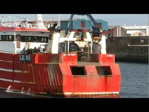 Shemarah II – LH65 Enters Fraserburgh Harbour