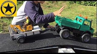 getlinkyoutube.com-BRUDER TOYS JCB-Micro-Excavator & Unimog Recovery played by Jack (3)