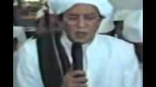Guru sekumpul nurul musthofa/da'uni