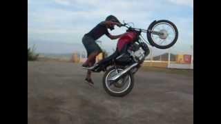 getlinkyoutube.com-jaimon wheeling empinando de fan 125 treino