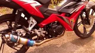 getlinkyoutube.com-Honda Blade R9 Mugello racing exhaust part 2