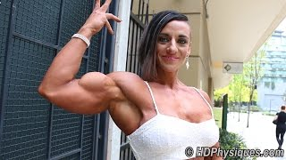 getlinkyoutube.com-Rock Hard Vascular Biceps