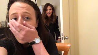 getlinkyoutube.com-Selena Gomez Surprises Aussie Fan In Her BEDROOM!
