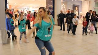 getlinkyoutube.com-Just Dance 2016 - Rabiosa (Dance Style Crew Cyprus)